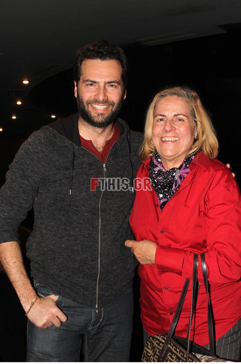 Είναι η μητέρα πασίγνωστου Έλληνα και κούκλου ηθοποιού